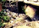 Müllwasserfall in Rocinha