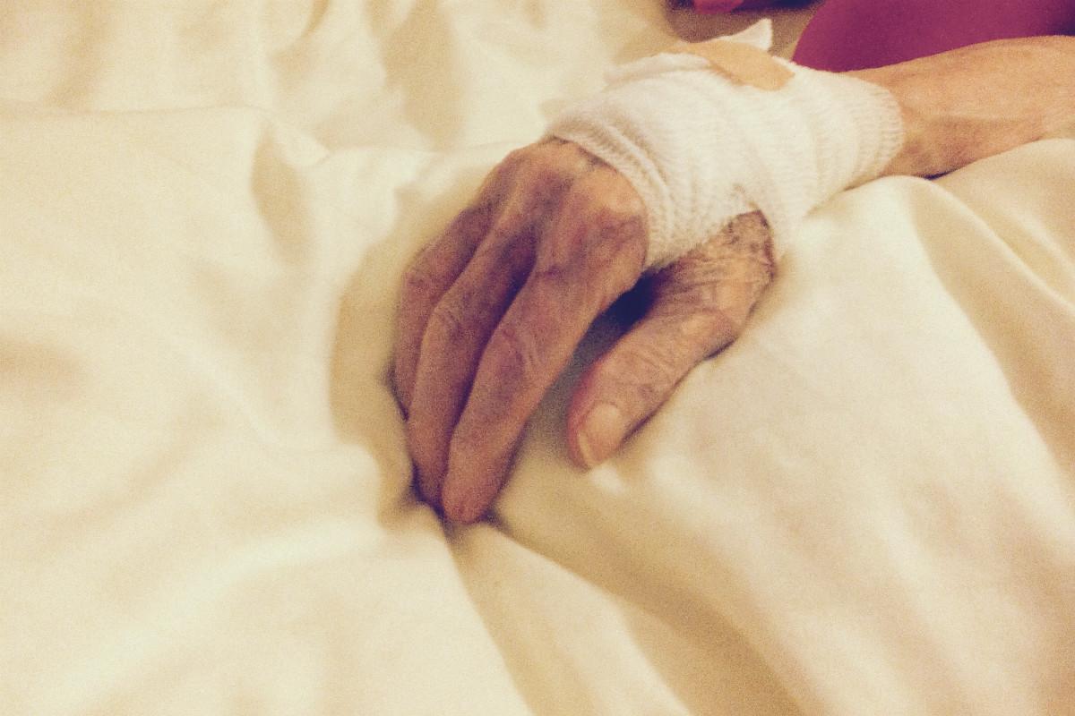 Opa im Pflegeheim